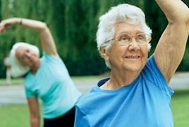 440x210_older-ppl-exercisin[1].jpg